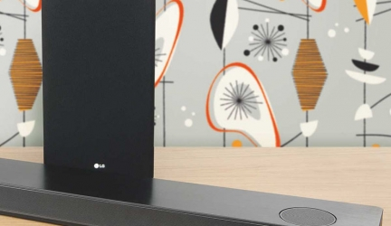 LG SK10Y Review: LG reaches for the SK10Y