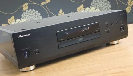 PIONEER UDP-LX800 Review: Pioneering player