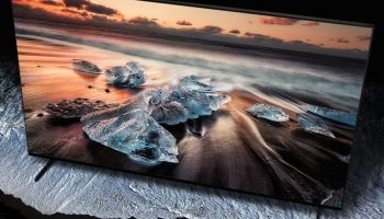 Samsung QE75Q900R Review: One for the future